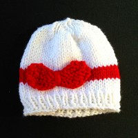 Bow Beanie – White and Red